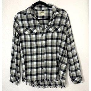 Current/Elliot Size 3 Plaid Frayed Hem Shirt